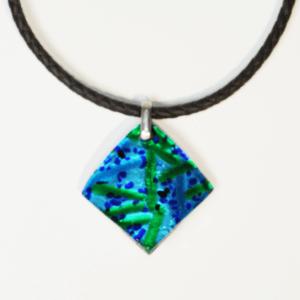 Collier Losange  – coloris bleu